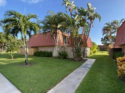 3232 MERIDIAN WAY N APT D, Palm Beach Gardens, FL 33410 - Photo 2