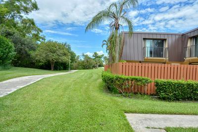 5798 SE WINDSONG LN # 221, Stuart, FL 34997 - Photo 2