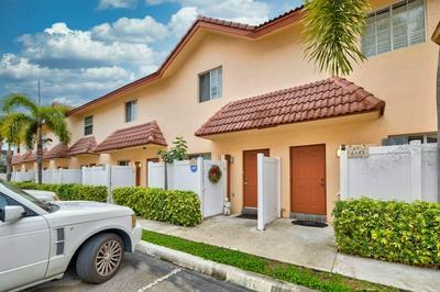 2423 NE 14TH STREET CSWY # 2423, Pompano Beach, FL 33062 - Photo 1