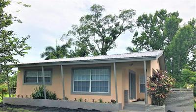 261 CYPRESS AVE, Pahokee, FL 33476 - Photo 2