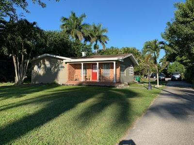 1029 BACOM POINT RD, PAHOKEE, FL 33476 - Photo 1