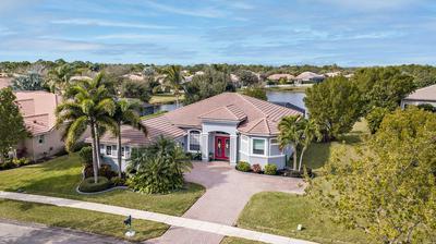 7018 SE SLEEPY HOLLOW LN, Stuart, FL 34997 - Photo 1