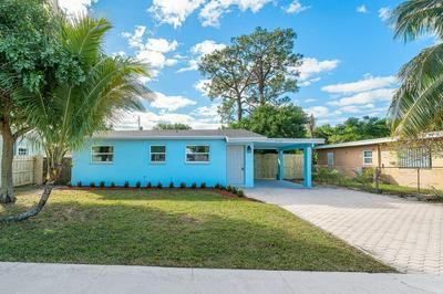 5778 DAPHNE DR, West Palm Beach, FL 33415 - Photo 2