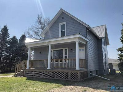 410 4TH ST, Scotland, SD 57059 - Photo 2