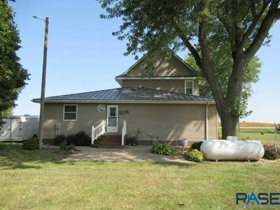 33215 STATE HIGHWAY 91, Ellsworth, MN 56129 - Photo 2