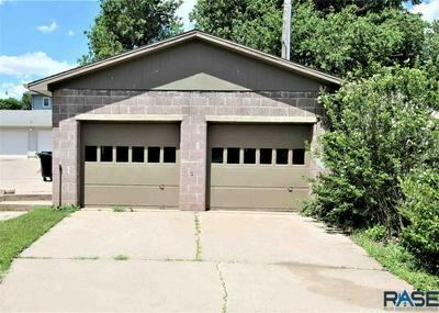 218 W MAPLE ST, Luverne, MN 56156 - Photo 2