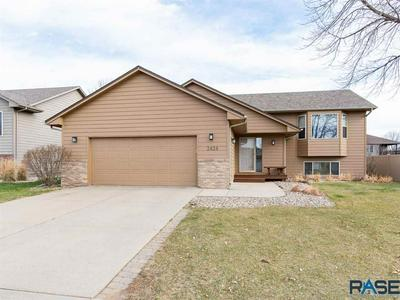 3424 S GOLDENROD LN, Sioux Falls, SD 57110 - Photo 1