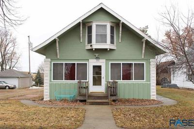 306 SECOND AVE, Chester, SD 57016 - Photo 1