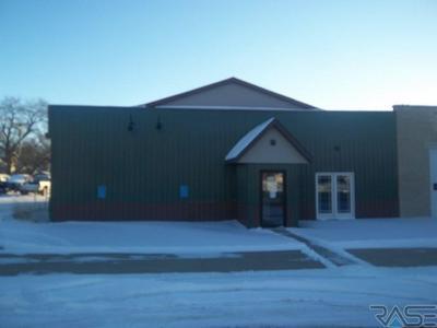 1000 MAIN ST, Edgerton, MN 56128 - Photo 1