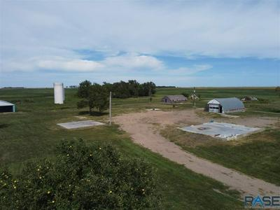 44618 258TH ST, Canistota, SD 57012 - Photo 2