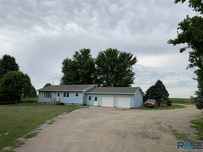 910 141ST ST, Luverne, MN 56156 - Photo 1