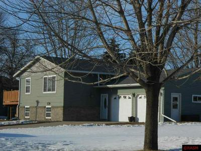911 VALLEY DR, BLUE EARTH, MN 56013 - Photo 2