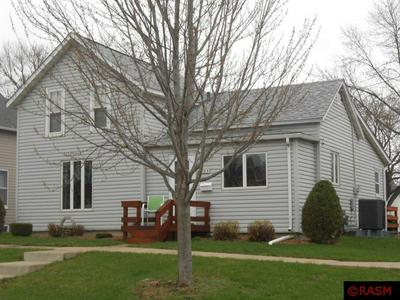 421 S MOORE ST, BLUE EARTH, MN 56013 - Photo 1