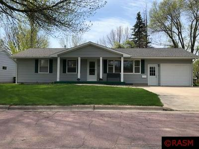 616 1ST ST SW, Madelia, MN 56062 - Photo 1