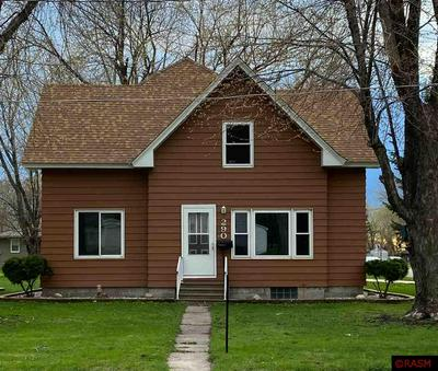 290 5TH AVE NW, Wells, MN 56097 - Photo 1