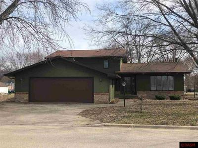 307 CENTRAL AVE S, MAPLETON, MN 56065 - Photo 1