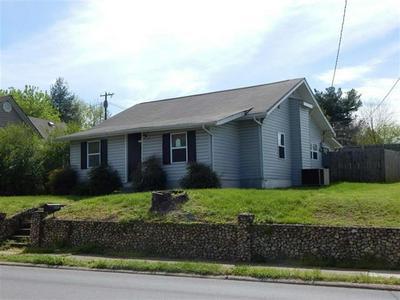 1142 WILDWOOD AVE SE, Cleveland, TN 37311 - Photo 2
