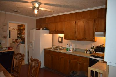 4049 ARBOR PLACE LN, Chattanooga, TN 37416 - Photo 2