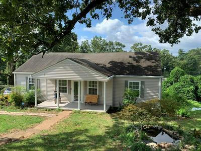 1027 HIBBLER CIR, Chattanooga, TN 37412 - Photo 1