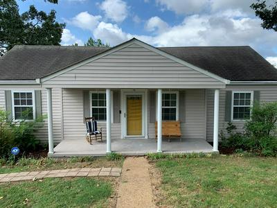1027 HIBBLER CIR, Chattanooga, TN 37412 - Photo 2