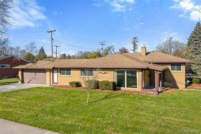 27505 BARKLEY ST, Livonia, MI 48154 - Photo 1