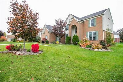 352 ELMINGTON CT, Canton Twp, MI 48188 - Photo 2