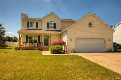 413 BROWNING DR, Howell, MI 48843 - Photo 2