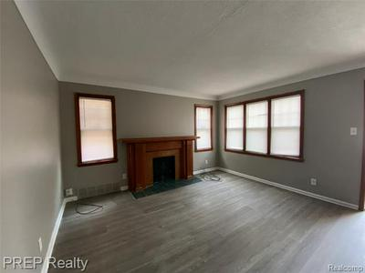 6303 HEREFORD ST, DETROIT, MI 48224 - Photo 2