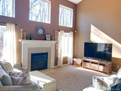 1825 WOODED VALLEY LN, HOWELL, MI 48855 - Photo 2