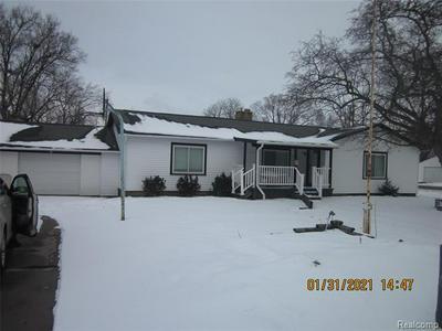 806 MEADOWLAWN ST, Carrollton Twp, MI 48604 - Photo 2