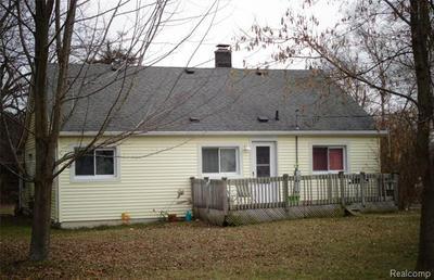 5910 LAKESHORE RD, Lexington Township, MI 48450 - Photo 2