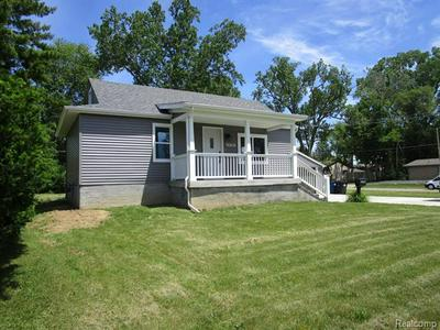 29780 ANN ARBOR TRL, Westland, MI 48185 - Photo 2