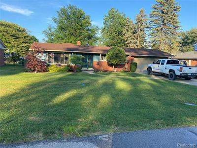 37950 SUBURBAN ST, Clinton Township, MI 48036 - Photo 1
