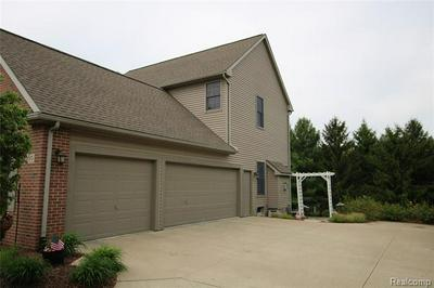 350 HUNTINGTON DR, Saline, MI 48176 - Photo 2
