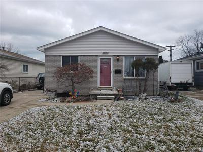 26682 ARLINGTON ST, Roseville, MI 48066 - Photo 1