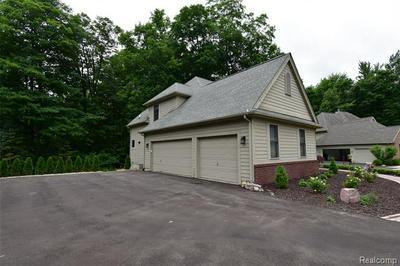 2064 BAY HILL CT, Ann Arbor, MI 48108 - Photo 2