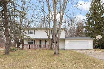 9425 PATRICIA DR, FOREST TWP, MI 48463 - Photo 1