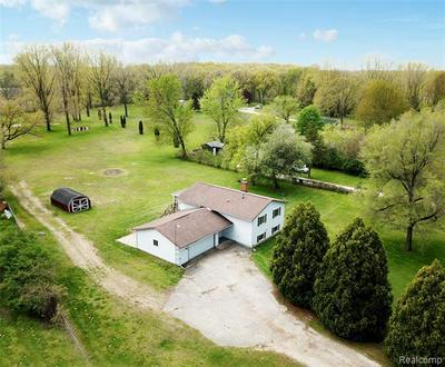 3055 PONEMAH DR, Fenton Township, MI 48430 - Photo 1