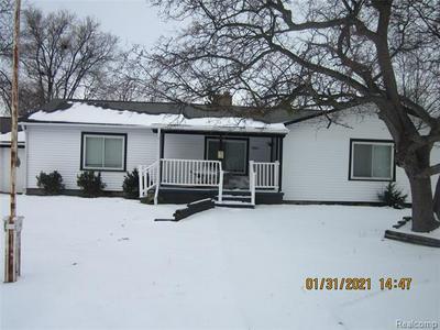 806 MEADOWLAWN ST, Carrollton Twp, MI 48604 - Photo 1