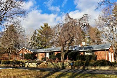 1156 DYEMEADOW LN, Flint Twp, MI 48532 - Photo 2