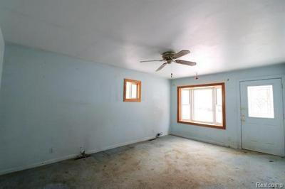 1030 MEIDA ST, Flint, MI 48532 - Photo 2