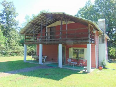 121 HANNAH RD, Summertown, TN 38483 - Photo 1