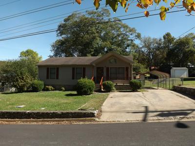615 VICTORIA ST, Pulaski, TN 38478 - Photo 2