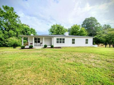 1001 SHELTON RD, Charlotte, TN 37036 - Photo 2