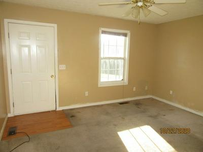 56 ENGLISH DR, Cadiz, KY 42211 - Photo 2