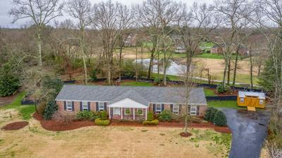 1731 COUNTRY CLUB DR, TULLAHOMA, TN 37388 - Photo 1