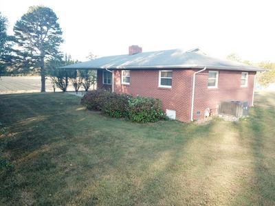 6521 ASBURY RD, Hillsboro, TN 37342 - Photo 2