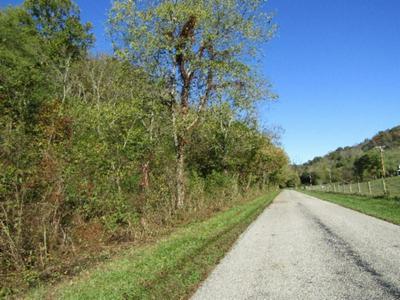 15 MOSS ARCOT ROAD, Celina, TN 38551 - Photo 1
