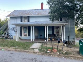 327 ALEXANDER ST, Pulaski, TN 38478 - Photo 1