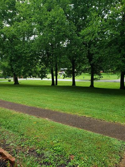 505 UTLEY DR, Goodlettsville, TN 37072 - Photo 2